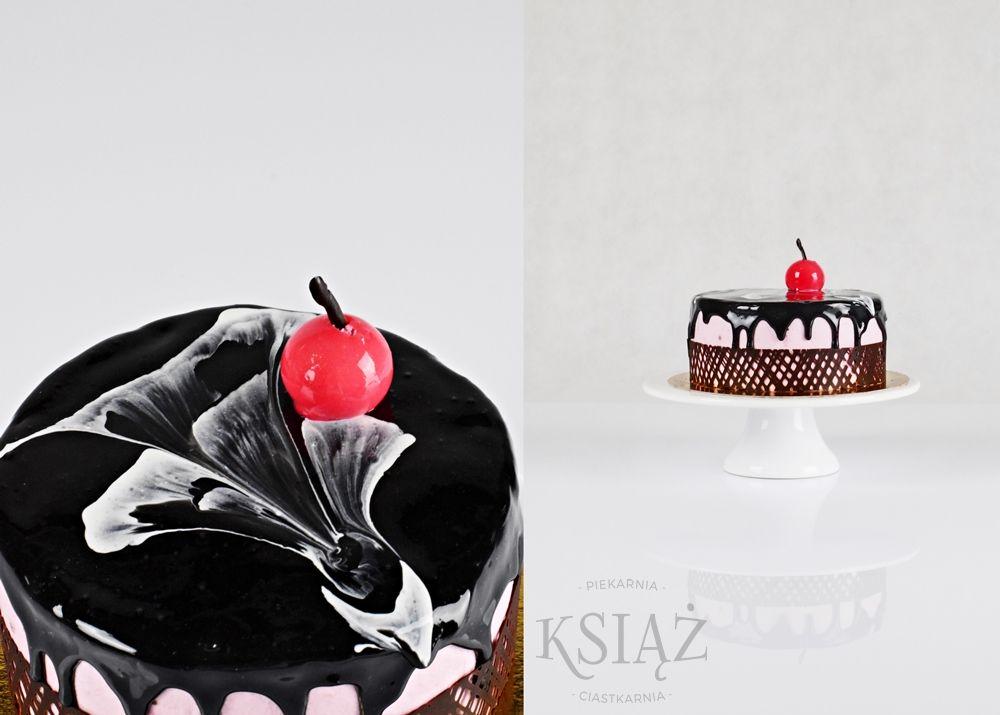 Tort wiśniowy T020 - jasny biszkopt przełożony śmietaną wiśniową